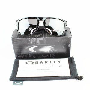 Oakley Men Sunglasses Prizm Black Polarized Lens